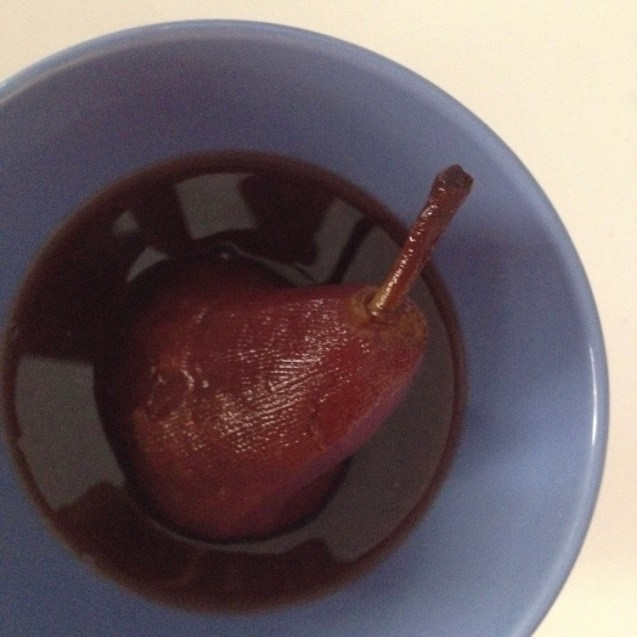 pera en almibar de vino tinto picante