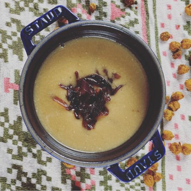 crema garbanzos cebolla caramelizada
