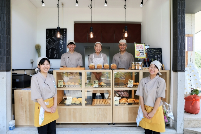 「Bakery & Cafe菊太郎」が8月4日(土)よりOPEN!