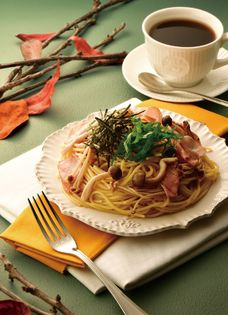 長野県中野市産きのことカフェ・ド・クリエが 今年もコラボレーション 「2種のきのことベーコンのオイルソース」が新登場!