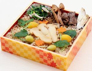 松茸と広島牛を味わう!秋の味覚 「松茸弁当」 販売開始<限定200食> 呉阪急ホテル日本料理「音戸(おんど)」にて2018年10月9日(火)より予約受付開始