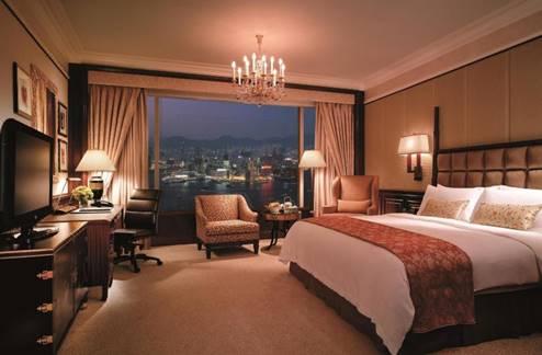 ワイン好き必見!香港で最も人気の高い屋外イベントの一つ「香港ワイン&ダイン フェスティバル」に特別ご招待 Trip.comでの香港ホテル予約で、イベントチケットが無料に!