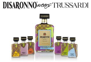 伊・リキュール『ディサローノ』限定ボトルを11月発売  ファッションブランド「トラサルディ」とのコラボレーション
