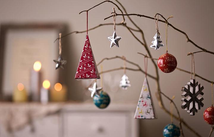 クリスマスツリーに飾れる紅茶「ティーオーナメント」発売!  4種のフレーバーティーに期間限定パッケージも登場