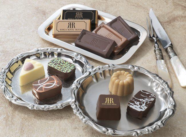 【リーガロイヤルホテル(大阪)】ケーキのようなショコラ、彩り鮮やかなショコラなどバラエティ豊かな11種類をご用意。バレンタイン限定商品