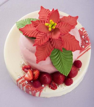クリスマスケーキ・おせち料理 予約受付中
