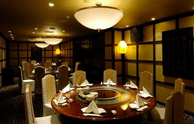 横浜あたりで忘年会をお探しなら横浜中華街 招福門の個室宴会プランはいかが?さらに12月24~28日のご予約ならプラン料金が20%OFF。申込みはなんと前日13時まで。ホームページで簡単予約。
