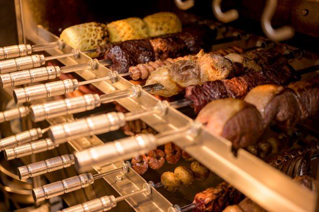 39(サンキュー)!29の日!!と題してGOCCHI-BATTA(ゴッチバッタ)新宿歌舞伎町店でシュラスコ食べ放題が2900円になる29weekを開催!