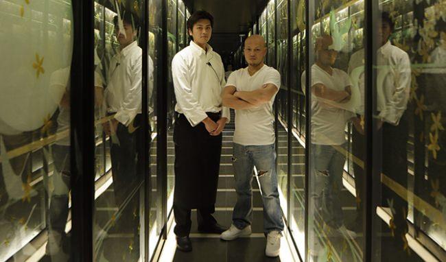 左:金沢 敬晢/統括料理長 右:渡辺 一久/代表