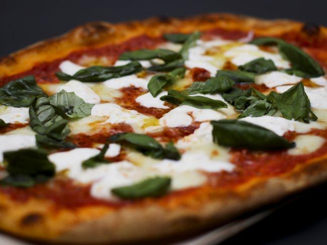 """【オービカ モッツァレラバー】究極のマルゲリータ""""Pizza Anniversario"""""""