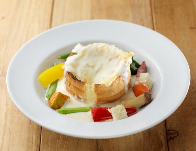 ルタオ史上初、究極のメニュー「チーズパンデュ」発売開始