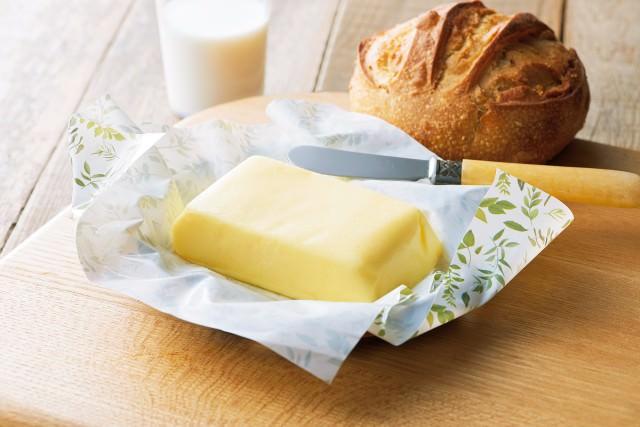 ディノスが、国産グラスフェッドミルクのバターやアイスを新発売