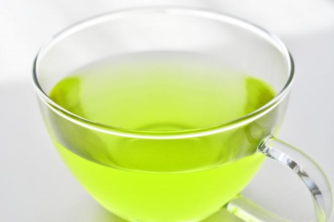 九州大学・久山町研究との共同研究にてテアニンを含む緑茶の摂取が将来の2型糖尿病発症リスクを低減する可能性を確認