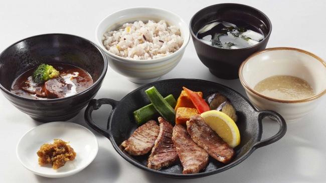 仙台名物牛たん焼き & たんシチュー御膳