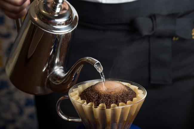 """八芳園で飲むコーヒー全てに""""コーヒーハンター""""José(ホセ)川島良彰氏が率いるミカフェート監修オリジナルブレンドを採用!"""