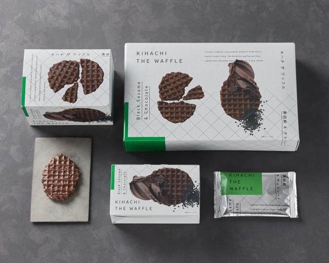 【新・東京土産】黒胡麻とチョコレートを組み合わせた、パティスリー キハチのスペシャリテ「KIHACHI THE WAFFLE(キハチ ザ ワッフル)」