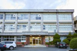 富山県魚津市の廃校に一夜限りの夢のレストランが出現!とやま学びレストラン「ReSCHOLA(レスコラ)」