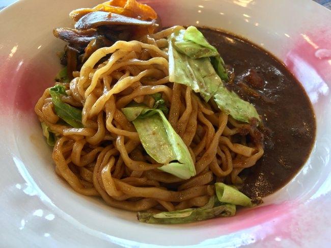 会津産の高麗人参を使った「ピンピンころりカレー」の期間限定レストランが「下北沢カレーフェスティバル2019」に登場!会津のB級グルメ「カレー焼きそば」や、「カレーライス」「カレーパン」を提供