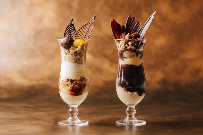 【川崎日航ホテル】季節ごとに変わる「パフェ・アラモード」をバーラウンジで提供