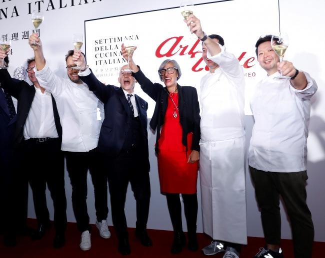 「世界イタリア料理週間」オープニングイベントとしてAlfa Romeoフードプロジェクト『Art of Taste』第三弾が駐日イタリア大使館で開催されました