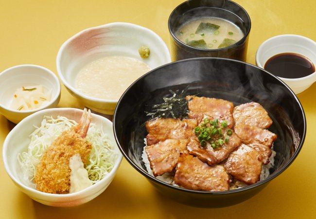 帯広風豚丼と蟹爪クリームコロッケの和膳(とろろ付き)[とろろ・味噌汁・漬物付き]