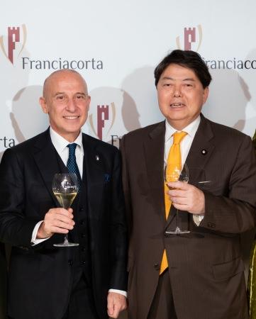 イタリア大使 ジョルジョ・スタラーチェ閣下と参議院議員林芳正氏
