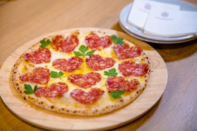 イコラブピザ