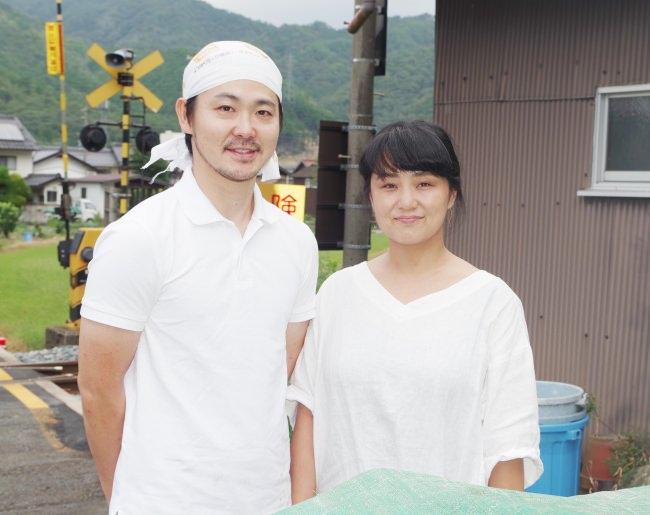 「但馬のジビエ ココ鹿」(左から)髙田 尚希さん・髙田 宏美さん