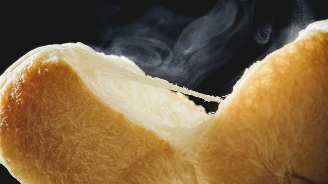 「プロから見たら非常識」な町田のパン屋さんが、オープン3周年を記念してリニューアル。新商品を一気に20種類投入!ここでしか味わえない逸品生食パン4種類をご紹介します!
