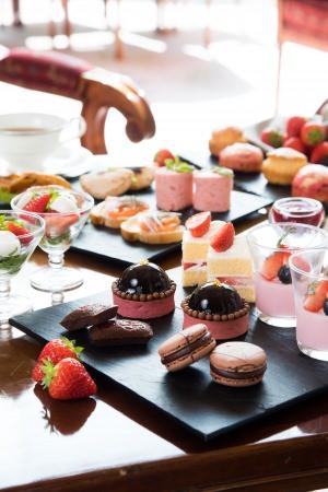 苺とチョコレートがテーマのアフタヌーンティー