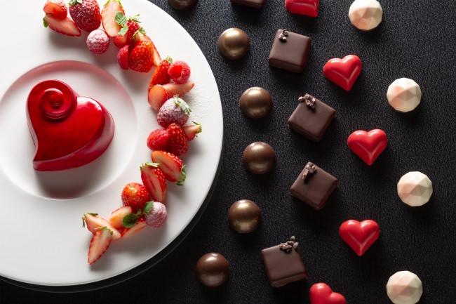 大きな深紅のハートは愛と感謝のしるし St. Valentine's Day Gift 2020