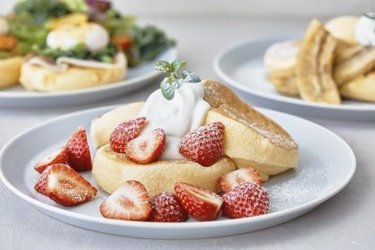 生まれ変わった、奇跡のおいしさ。FLIPPER'S史上最高のスフレパンケーキにリニューアル!