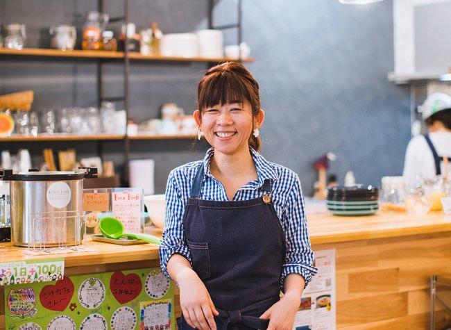 宮崎県新富町のカフェ、クラウドファンディングを通じて地産地消を促進。食品ロス削減にも貢献へ