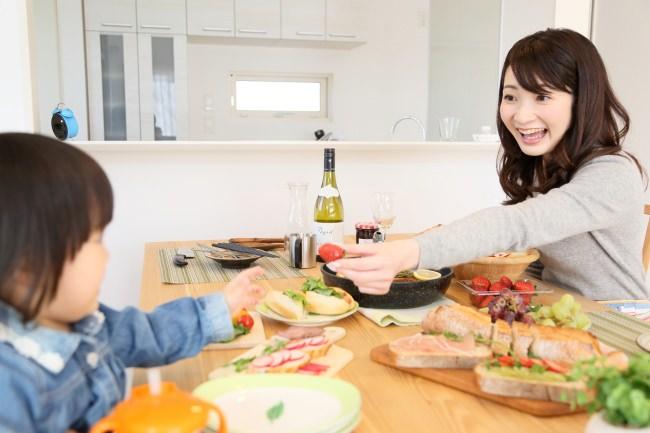 緊急事態宣言延長に伴い、世田谷区豪徳寺「酒食が肉です」が記念日オードブルセットのテイクアウトを開始【5月10日(日)は母の日】