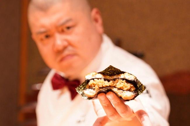 【SNSキャンペーン発表!】「7月21日土用の丑の日はこれで決まり!」劇場型寿司エンターテイメント「照寿司」が超人気メニュー「鰻バーガー」を株式会社松屋フーズとのコラボ開発