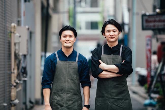 写真右:大山恵介、写真左:西恭平