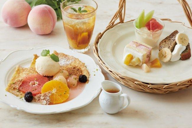 フルーツクレープ ピーチソース添え+桃のスパイスティーソーダ+アフタヌーンティーセット