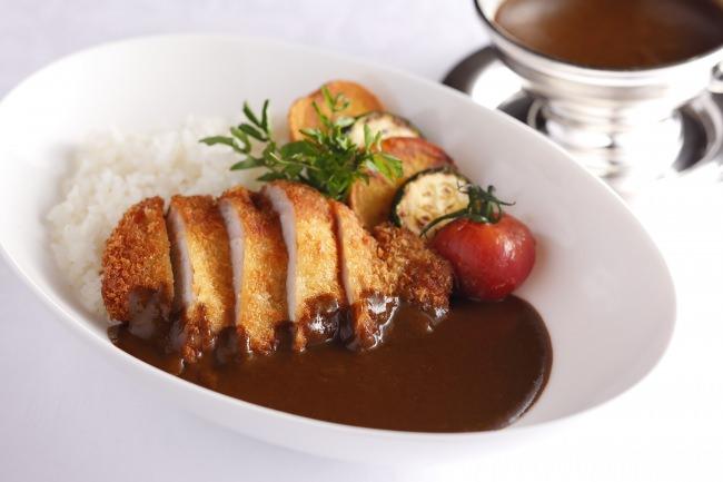 霧島豚ロース肉のカツカレー