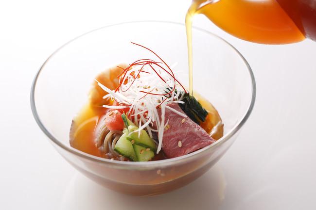 盛岡冷麺 ローストビーフのせ(岩手)