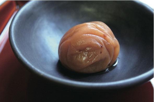 和歌山「梅干職人きのくに」紀州南高梅<なごみ梅>1296円(250g)