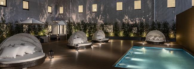 通常はご宿泊のお客様に開放している、ガーデンスペース「エグゼクティブガーデン」にて開催いたします