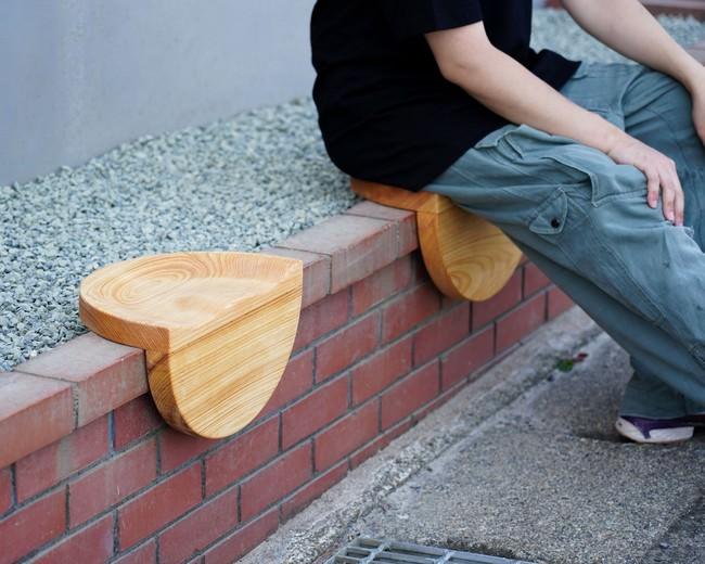デジタルファブリケーションの木の椅子