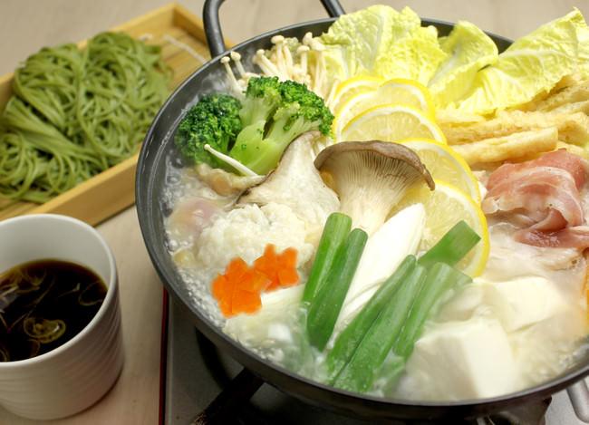塩麹とレモンの茶そば 発酵鍋  1人前¥1,380《税抜》