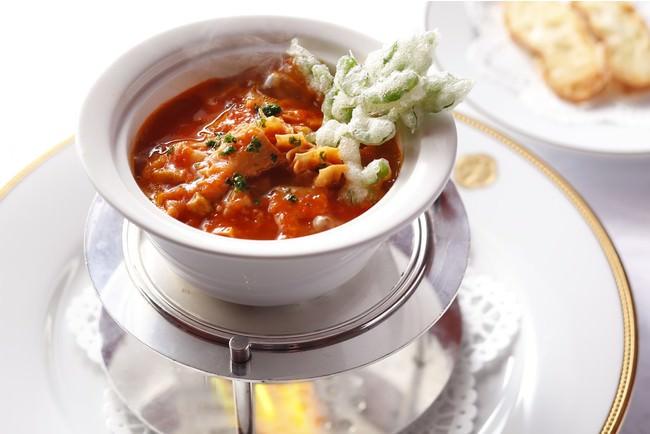 トマトソースで柔らかく煮込んだトリッパ