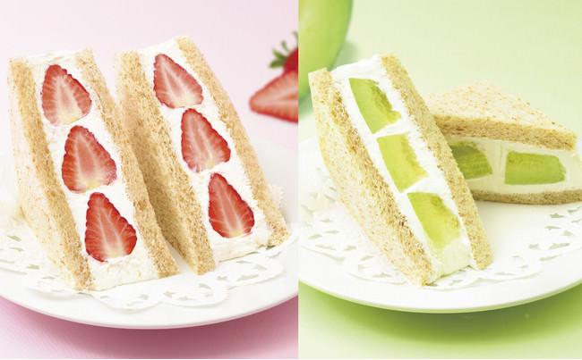 左:苺のフルーツサンドウィッチ 右:茨城県産メロンのフルーツサンドウィッチ