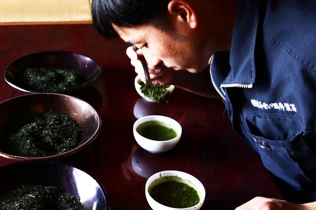 『まるせい酒井製茶』酒井祐志氏/お茶処・東彼杵で70余年の歴史をもつ製茶卸問屋。代々の技法を今に引き継ぐ3代目