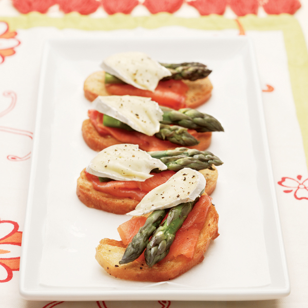 Asparagus Crostini