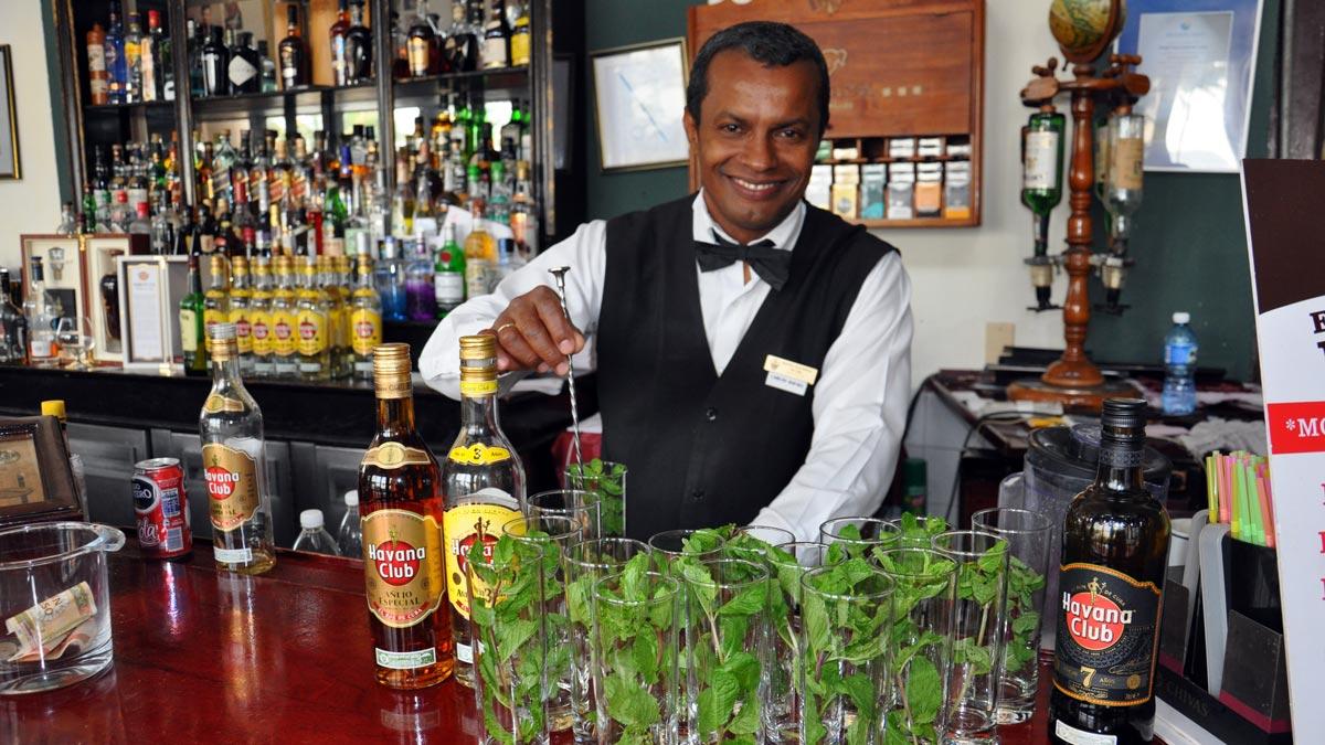 Der beste Barmann von Havanna: Carlos an der Bar im Hotel Nacional