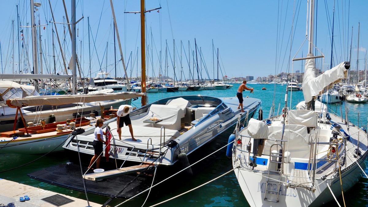 Mar de Nudos: Yachten mit Power und 3000 PS. Foto WR