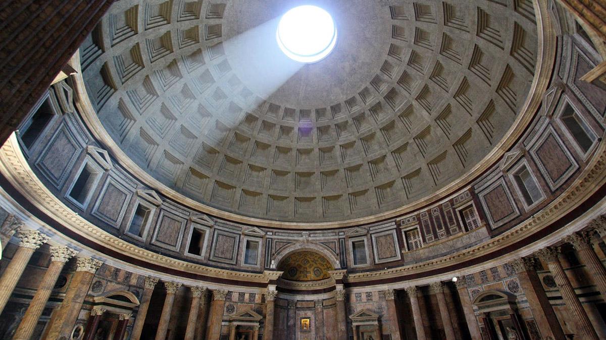 War Vorlage für den Petersdom: Die gewaltige Kuppel des Pantheon.